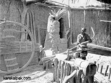 Karakalpak yurt workshop in 1976